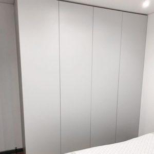 Шкаф в спальню 001
