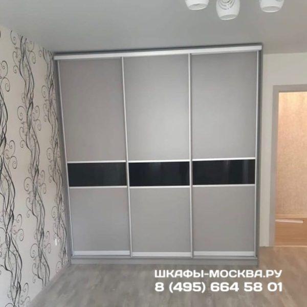 Шкаф до потолка 010