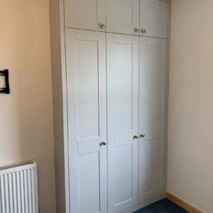Шкаф в спальню 012