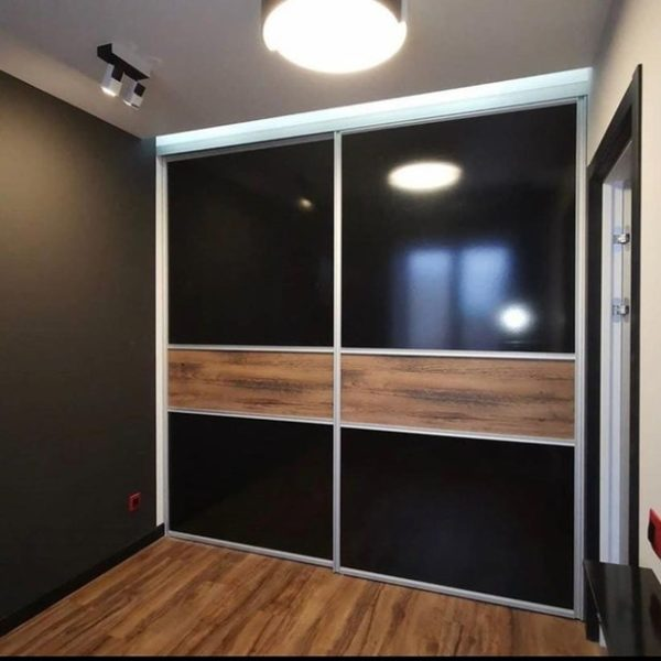 Шкаф до потолка 011