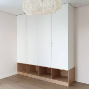 Шкаф до потолка 016