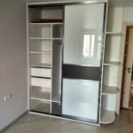 Шкаф до потолка 018