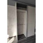 Шкаф до потолка 019
