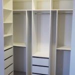 Шкаф в гардеробную 005