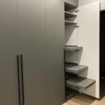 Шкаф в прихожую 015