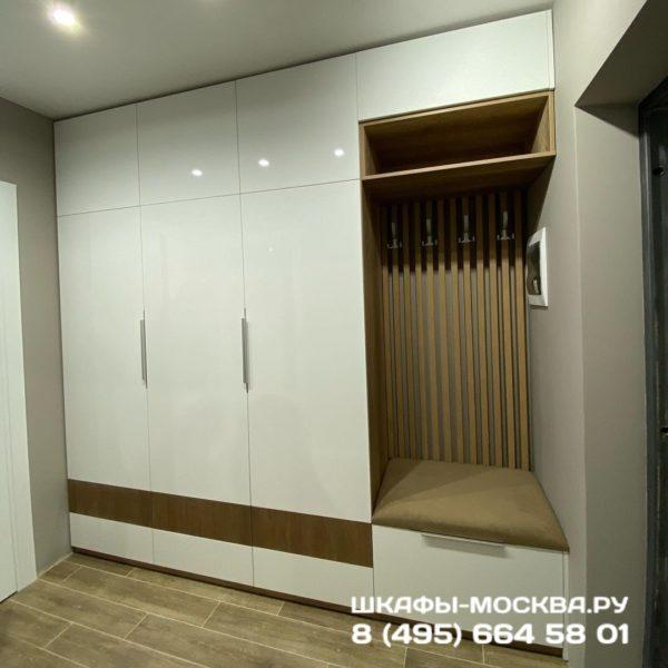 Шкаф в прихожую 018