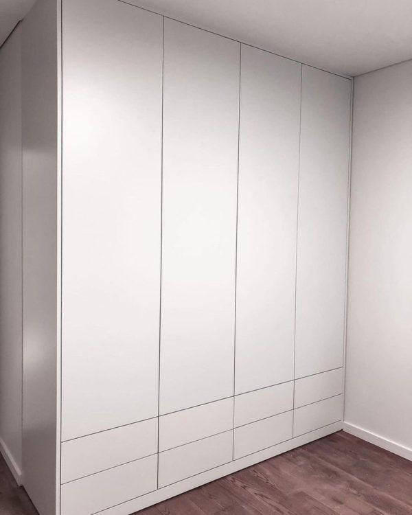 Шкаф в эмали 001