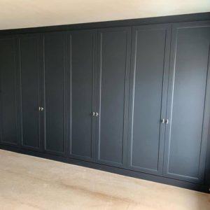 Шкаф в эмали 010