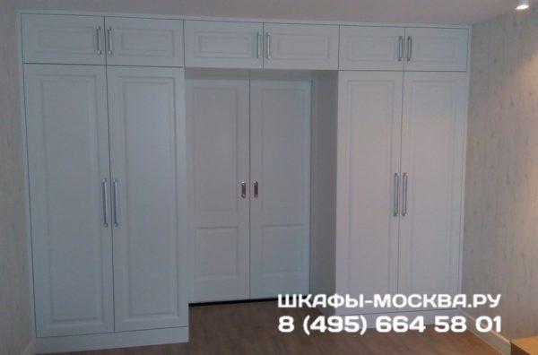 Шкаф вокруг двери 006