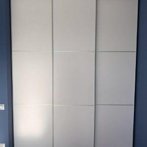 Шкаф в нишу 010