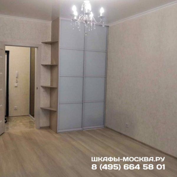 Шкаф до потолка 014