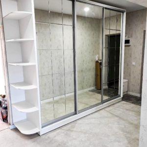 Шкаф зеркальный 019