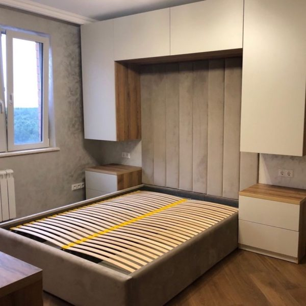 Шкаф вокруг кровати 014